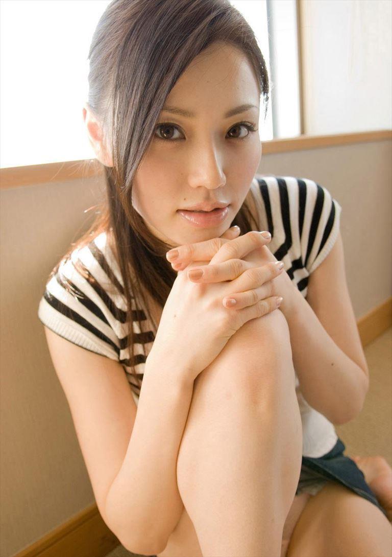 上戸彩に激似と評判なスカトロもこなすav女優松野ゆいのエロ画像 105